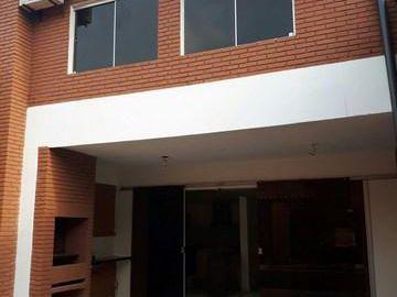 Alquilo Duplex Moderno Con Piscina En Bo. Villa Aurelia