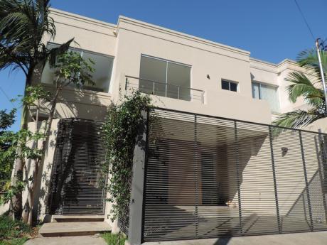 Alquilo Duplex En Mburucuya -  3 Dormitorios En Suite- Zona Residencial