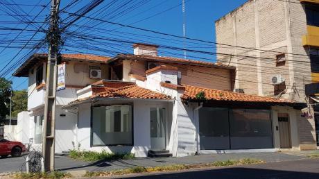 Alquilo Local Comercial De 100m2 Con Amplias Vidrieras Cerca Del Shop Mcal Lopez