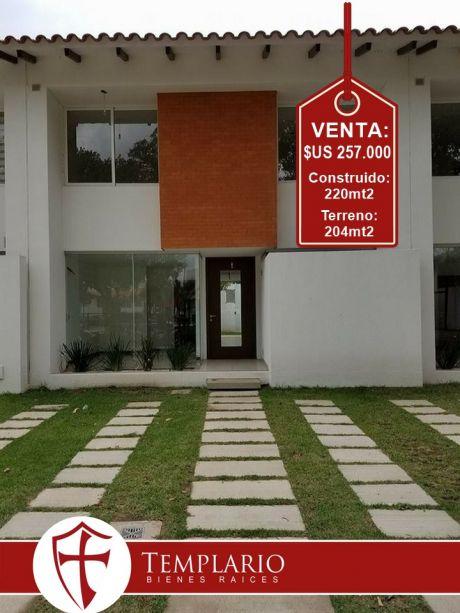 Hermosa Casa En Condominio Cerrado Zona Norte 4to Anillo