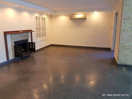 Residencia 4 Suites - Zona Banco Central (CóD. 423)
