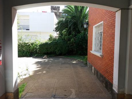 95869 - Casa En Venta En Pocitos De 3 Dormitorios