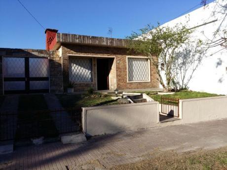Casa 2 Dormitorios Con Amplio Terreno!!!