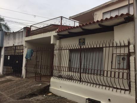 Casa De 10 Habitadiones En Zona Universitaria