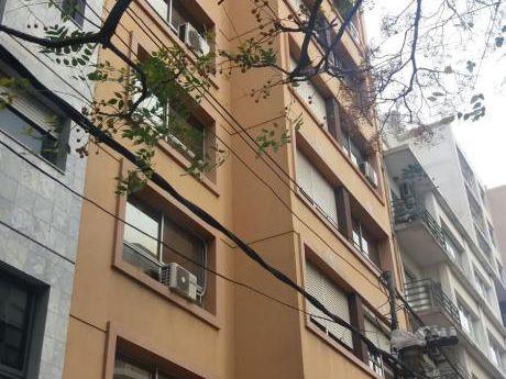 Apto De 2 Dormitorios A 2 Cuadras De La Rambla