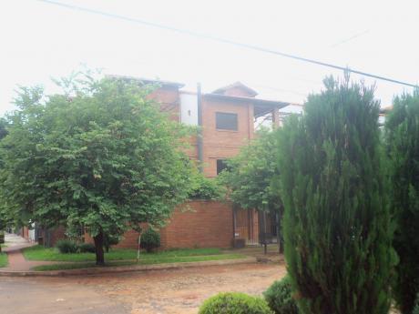 Elegante Casa De 3 Plantas Bº Herrera