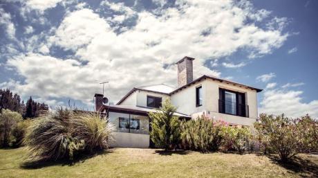 Casa En Lomas De La Tahona
