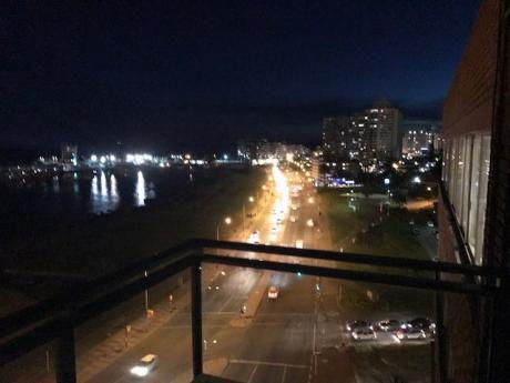Alquiler Apartamento Frente Puerto Del Buceo
