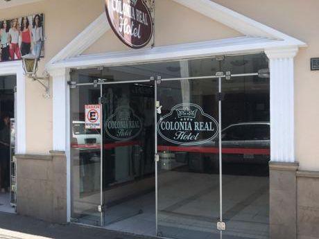 Hotel Colonia Real En La Ciudad De Sucre