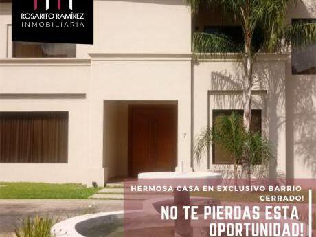 Hermosa Casa En Exclusivo Barrio Cerrado