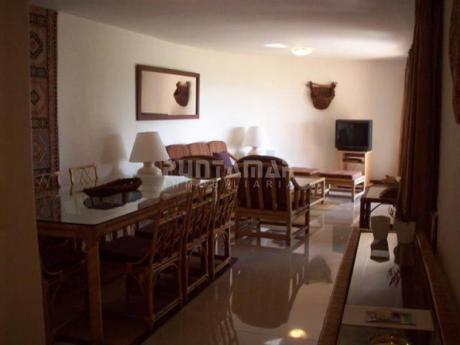 Apartamento En Alquiler Y Venta En Peninsula - Ref: 1011