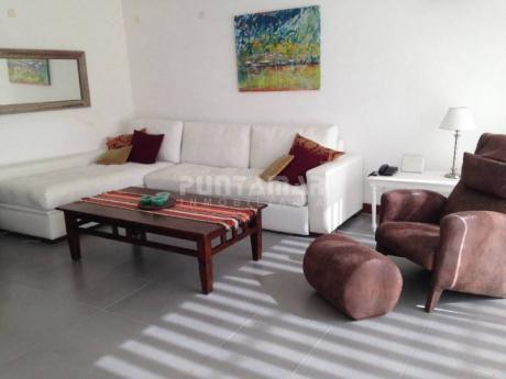 Apartamento En Alquiler En Manantiales - Ref: 13113