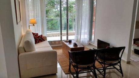 Divino Apartamento A Estrenar, Dos Dormitorios, Dos BaÑos, Cocina Muy Bien Equipada Y Terraza Con Vista Al Bosque Y Parrillero  - Ref: 210183