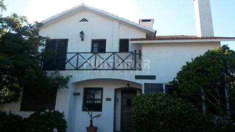 Casa En Venta En Peninsula - Ref: 210261