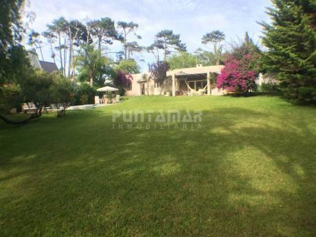 Gran Parque Con Pileta En La Parada 22 De La Brava  - Ref: 210662