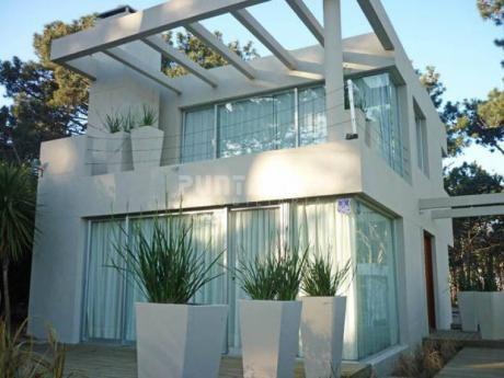 Casa En Alquiler En Montoya - Ref: 210811