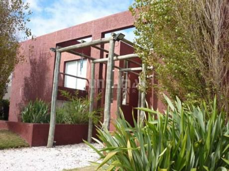 Casa En Alquiler Y Venta En Montoya - Ref: 210906