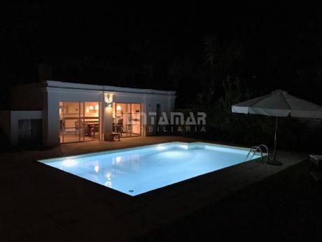 Apartamento En Alquiler Y Venta En La Barra - Ref: 211736