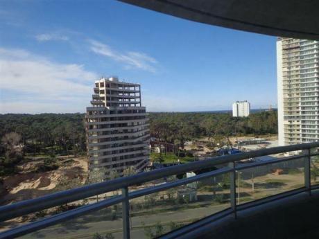 Alquilo De Forma Anual Apartamento En Punta Del Este
