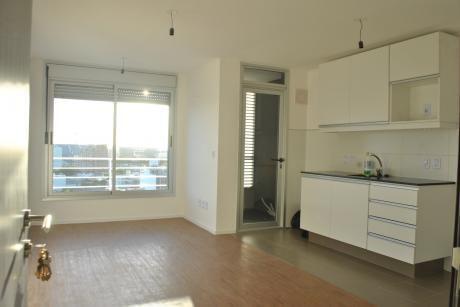 Apartamento Con Garage - A Estrenar!