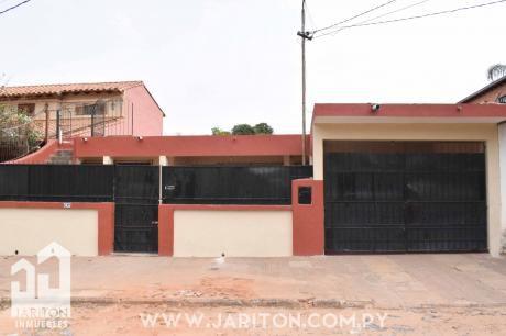 Cómoda Casa En Barrio San Pablo