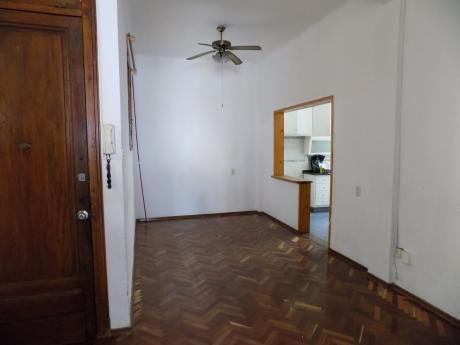 Vendo Hermoso Apartamento En Centro!!! Colonia Y Vazquez !!!