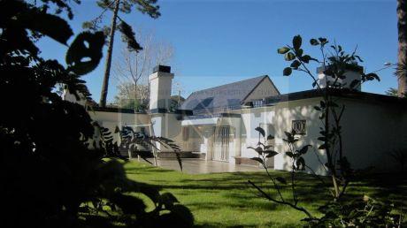 Kosak Ideal Vivir En Punta Casa 3dorm +serv. Barbacoa , Gje