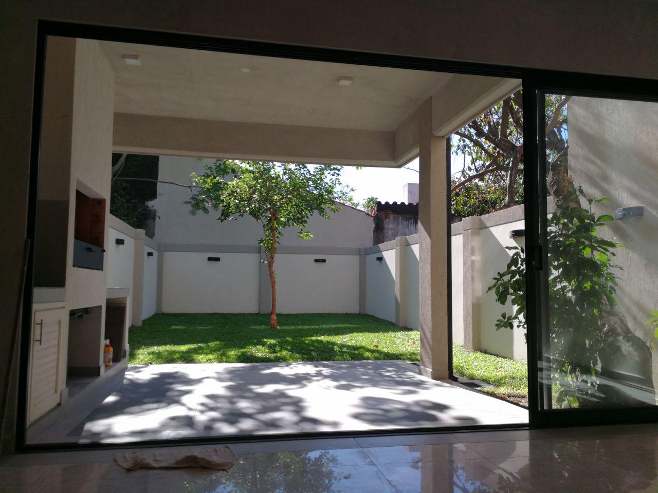 Duplex A Estrenar De 3 Dormitorios En Zona Goethe