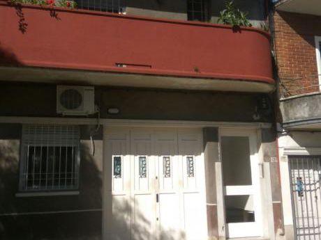 Apartamento 2 Dormitorios A Una Cuadra De Avda Garibaldi