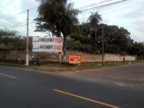 Vendo Terreno De 12x30 Metros Cuadrados En Lambare Sobre Av. San Isidro