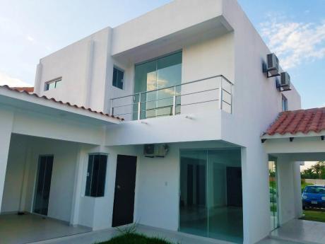 Casa De 2 Plantas - Zona Norte (cond. Casa Club Jardín)