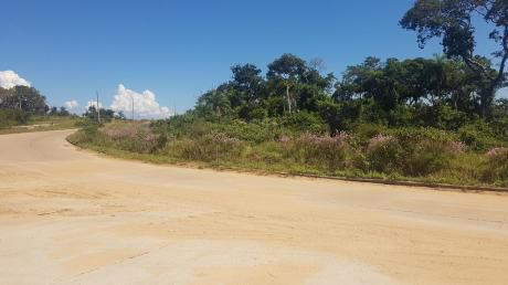 Terreno En Venta En Ciudad Del Urubó