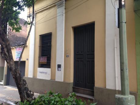 Alquilo Inmueble En Microcentro De Asunción P/ Oficina O Negocio (opc. Cochera)