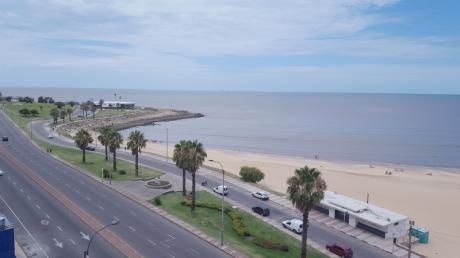 Espectacular Vista Al Mar, Sobre Primera Linea!!!!