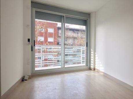 Venta De Apartamento 1 Dormitorio,2 B A Estrenar, En Pocitos!