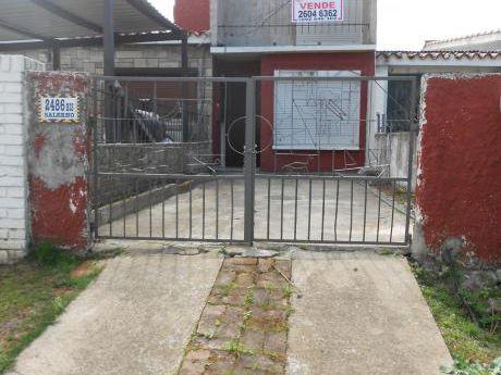 Casa En Propiedad Horizontal Independiente. Carrasco Norte.
