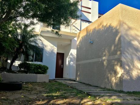 Amplia Casa En Alquiler Zona Norte