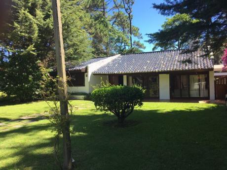 Hermosa Casa En La Mejor Zona De Punta Del Este
