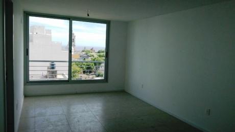 Venta De Apartamento 2 Dormitorios En Cordon Sur