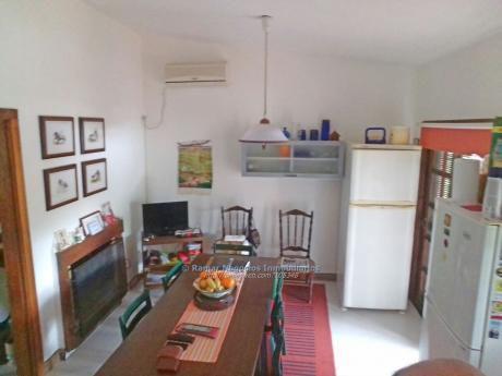 Casa En Venta 3 Dormitorios, 2 Baños