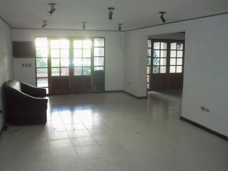 Barrio Manora Colegio Americano Casa Rica
