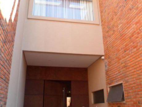 Alquilo O Vendo Casa Pareada Re Amplia 3 Dormitorios Zona Lillio