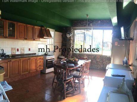 Venta Casa P.u. A 100 Mt De Rambla