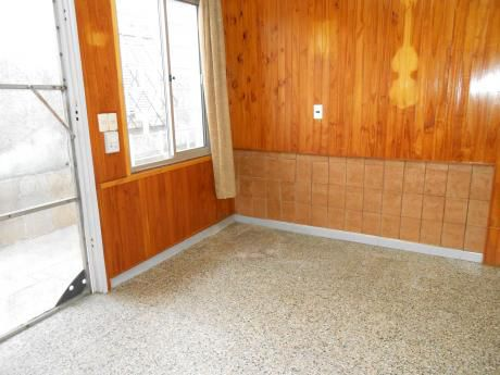 Apto Interior,1 Dormitorio.calle Santa Ana