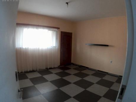 Apartamento 1 Dormitorio Al Frente.