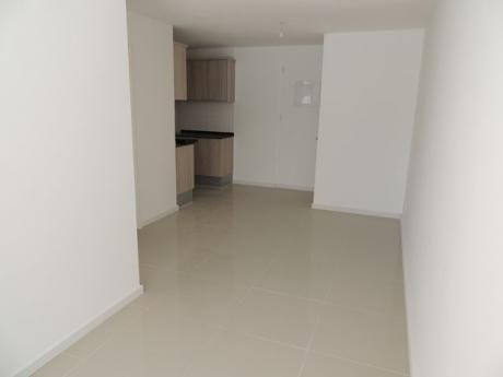 Apartamentos Alquiler En Cordón Sur, Montevideo. A Estrenar