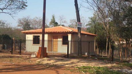 Vendo Hermosa Casa A Estrenar En Villa Elisa, A Una Cuadra De Lambare