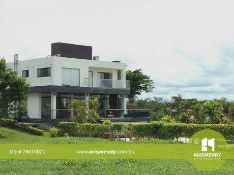 Casa Exclusiva En El Urubo