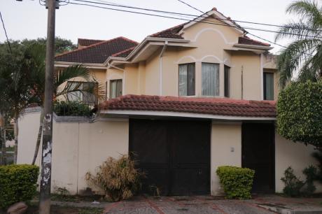 """Hermosa Casa En Anticretico En """"las Palmas"""""""