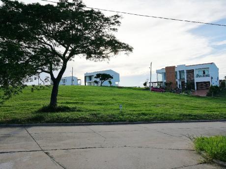 En Oferta Hermoso Terreno En El Urubó